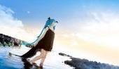 萌妹子初音未来cos图片欣赏 清纯精灵湿身融入大海