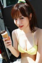 杉本有美大尺度泳装比基尼写真 丰胸美腿的诱惑
