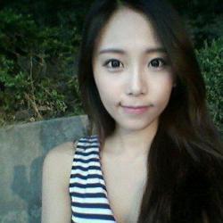 韩国最美女警察私照曝光 丰胸美腿小蛮腰
