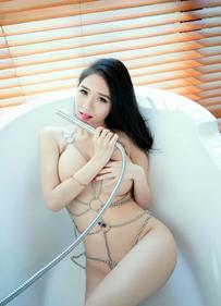 于大小姐无圣光原图浴室写真 私处欲遮未遮撩拨你的荷尔蒙