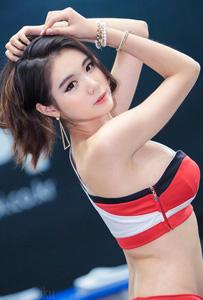 韩国性感车模照片 香车与美人你无法抗拒