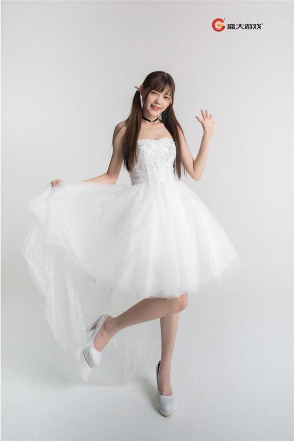 2017Chinajoy游戏展来袭 盛大展台Showgirl曝光