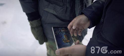 匠人们正在研究游戏内鲁班七号的3D形象,力求真实还原游戏角色