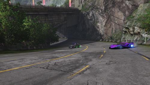 驾驶赛车 山道追逐